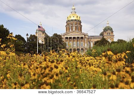 State Capitol Building In Des Moines
