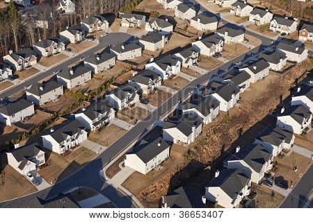 Aerial of a brand new suburban neighborhood in the eastern USA.