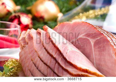 Holliday Honey Ham