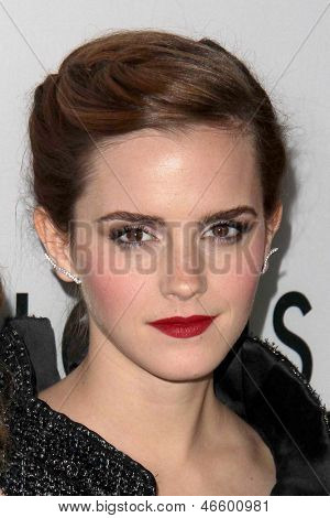LOS ANGELES - JUN 4:  Emma Watson arrivesa at the