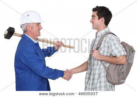Novo aprendiz reunião de comerciante