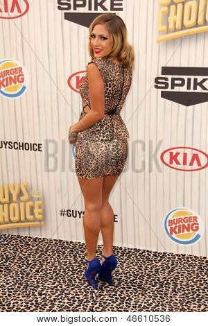 LOS ANGELES - JUN 8:  Jade Bryce arrives at the Spike Guy's Choice Awards 2013 at the Sony Studios on June 8, 2013 in Culver City, CA