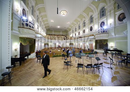 MOSCOW - OCT 4: Scene after gala evening dedicated to 100th anniversary of All-Russian Museum Association of Musical Culture Glinka at Moscow Tchaikovsky Conservatory, Oct 4, 2012 in Moscow, Russia.