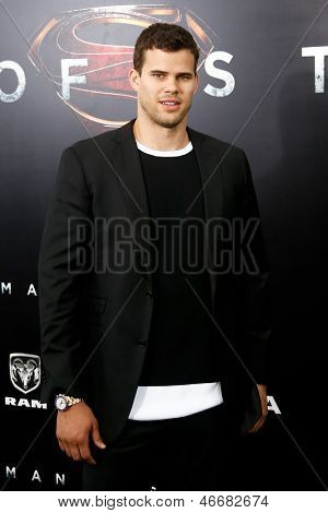 NEW YORK-JUNE 10: Brooklyn Nets player Kris Humphries attends the world premiere of
