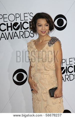 LOS ANGELES - JAN 8:  Ming-Na Wen at the People's Choice Awards 2014 Arrivals at Nokia Theater at LA LIve on January 8, 2014 in Los Angeles, CA