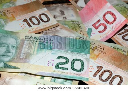 Canadian Bills 2 ($20, $50, $100)