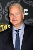 LOS ANGELES - 7 de JAN: Tim Robbins no IFC é