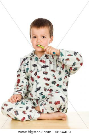 Kid Brushing Teeth Before Bedtime