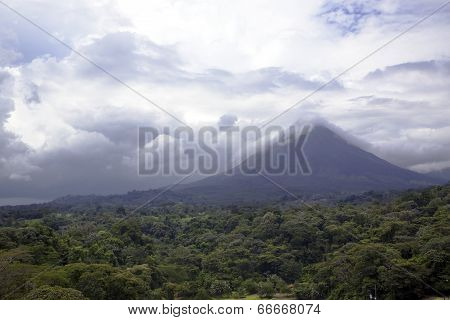 Arenal Volcano in Costa-Rica
