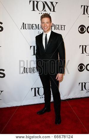 NEW YORK-JUNE 8: Actor Barrett Foa attends American Theatre Wing's 68th Annual Tony Awards at Radio City Music Hall on June 8, 2014 in New York City.