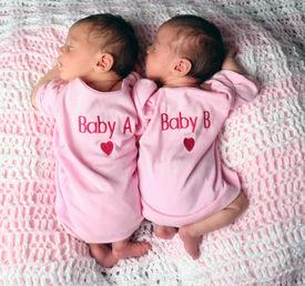picture of twin baby  - Twin babies sleeping - JPG