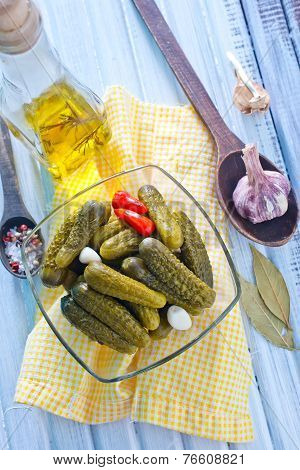 pickles marinated