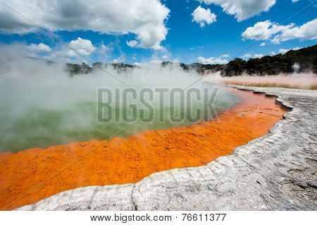 Frying pan lake is the largest hot water spring in the world. Rotorua, Waimangu geothermal area, New Zealand