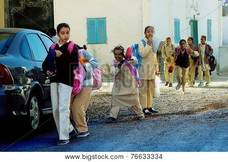 Pupils come back home from school