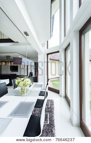 Dinning Room In Luxury Apartment