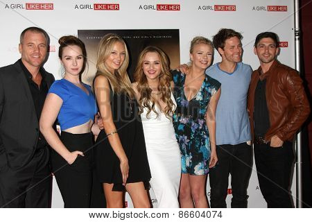 LOS ANGELES - MAR 27:  S Carrigan, Camryn Grimes, M Ordway, Hunter King, Kelli Goss, Lachlan Buchanan, R Adamson at the