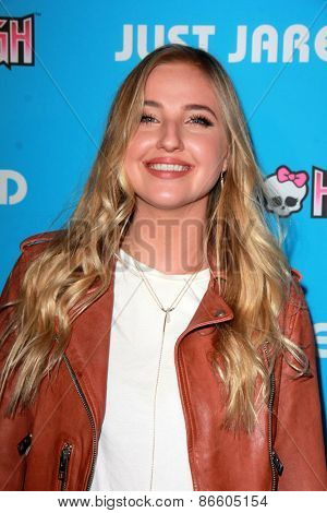 LOS ANGELES - MAR 26:  Veronica Dunne at the Just Jared's Throwback Thursday Party at the Moonlight Rollerway on March 26, 2015 in Glendale, CA