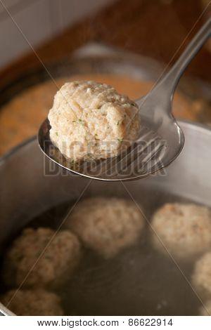 Dumpling On A Skimmer