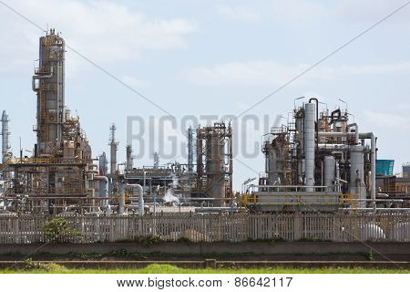 modern oil refinery exterior view