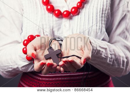 Beautiful Young Woman Wearing National Ukrainian Clothes And Praying With Rosary In Hands
