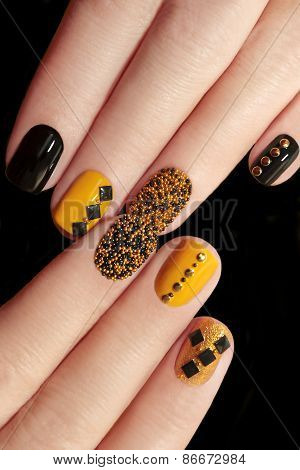 Caviar manicure .