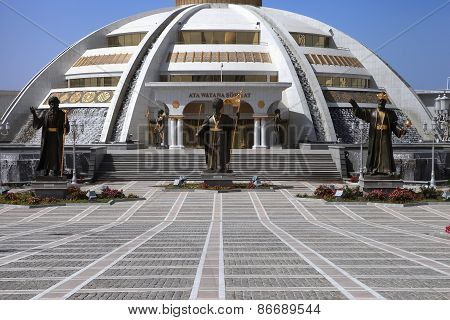 Ashgabat, Turkmenistan - October, 15 2014: Monument Arch Of Independence In The Park. Ashkhabad, Oct