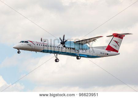 Austrian Airlines De Havilland Canada Dhc-8-402Q