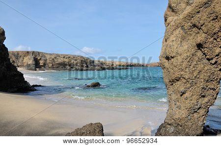 Ocean Boulder Of Djeu