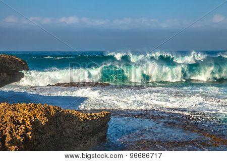 Victoria Waves
