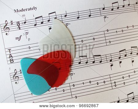 Guitar picks and music