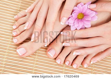 Pflege für schöne Frau Beine