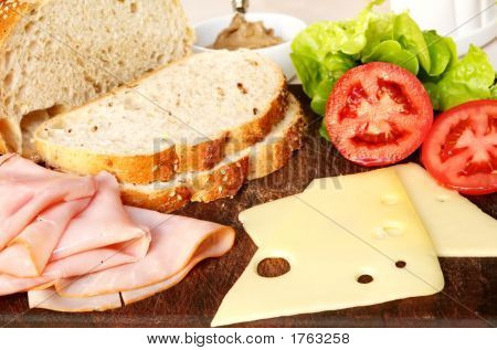 Sandwich Fixings