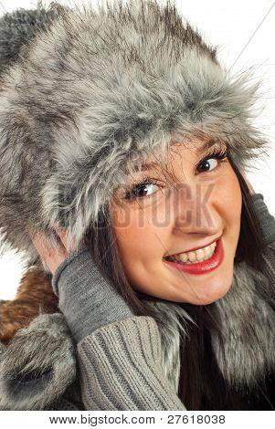 happy Woman in Pelzmütze
