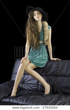 sophisticated Lady mit Fell und Hut