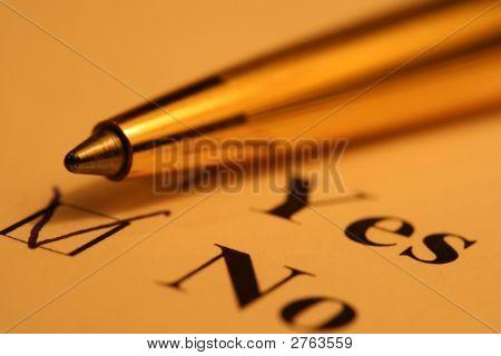 Lista de verificação e caneta