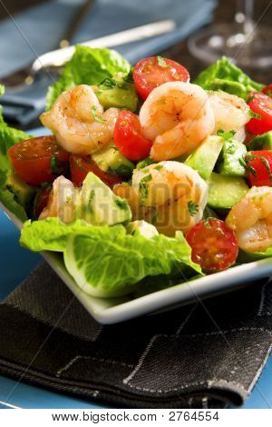 Avocado Shrimp Salad