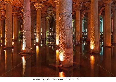 Underground Water Basilica Cistern - Istanbul