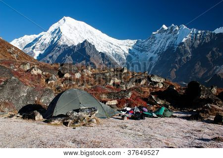 tent and langtang peak