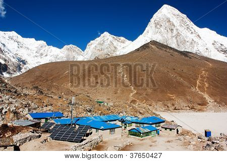 Gorak Shep village and Kala Patthar view point on Everest, Pumo Ri and Nuptse - Nepal
