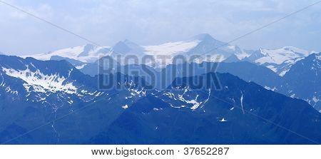 blue mountains - hohe Tauern - Gross Wenediger - Austria Alps