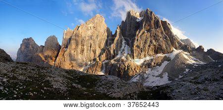 pale di san martino - dolomiti italy - view of cima di focobon