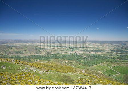 Piedrahita Village And Horizon