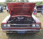 1969 Dodge Coronet Rt Front View