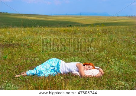 Young Woman Sleep In The Open