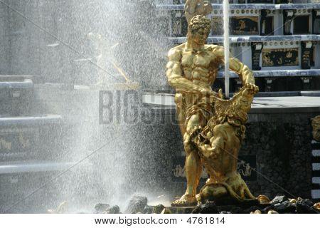 Samson Fountain In Peterhof, St Petersburg, Russia