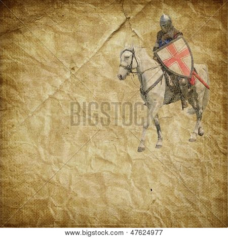 Blindado cavaleiro no cavalo branco - cartão postal retrô