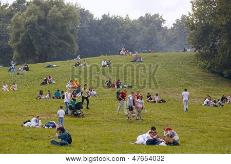 People have a rest at the Kolomenskoe park