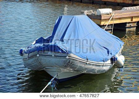Rubber motor boat
