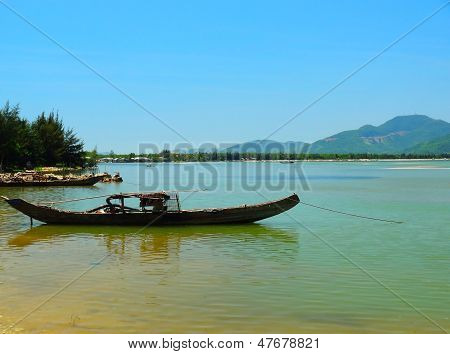 Boat (Sampan), Vietnam