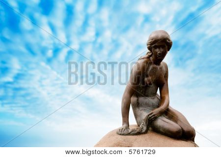 Estatua de la Sirenita de Copenhague